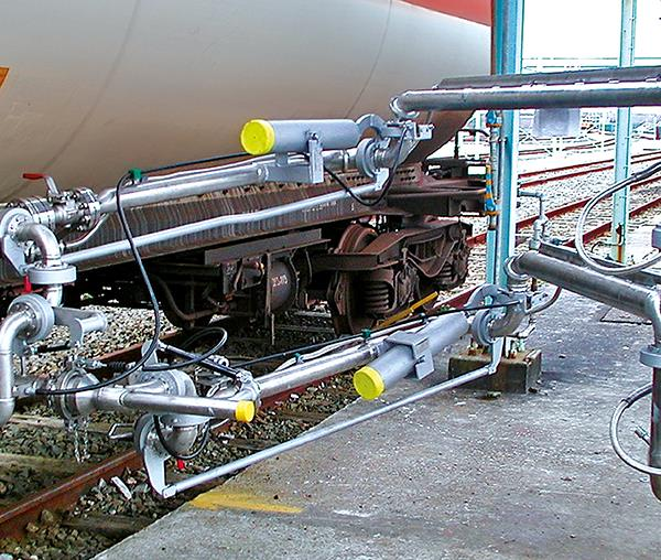 Marine Loading Arms Header Image 1